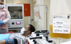 GS Nguyễn Gia Bình: Truyền huyết tương người khỏi Covid-19 là phương pháp cực kỳ tốt cho bệnh nhân nặng