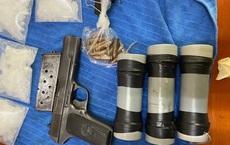 Cảnh sát thu nhiều súng đạn và mìn tự chế khi đánh sập đường dây ma tuý xuyên quốc gia