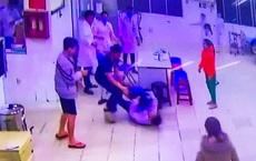 Lâm Đồng khởi tố hai cha con đánh nhân viên bệnh viện