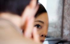 Chỉ sụp mí mắt mà nguy kịch: Chuyên gia Bạch Mai chỉ ra bệnh lý nguy hiểm