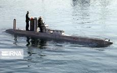 """Giữa 100 tàu mới của Iran bỗng nổi bật 1 """"tàu ngầm"""" bí ẩn: Năng lực đáng gờm sắp xuất hiện?"""