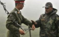 """Báo Ấn: Nhân lính Ấn Độ nhiễm Covid-19, lính TQ """"chiếm"""" vị trí chiến lược, cắt đường tuần tra"""