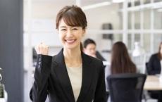 Thường xuyên làm 1 việc mà cả công ty không ai làm, cô gái được thăng chức, giữ vị trí không ai ngờ đến
