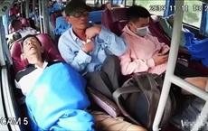 Bắt đối tượng đánh thuốc mê trên ô tô khách