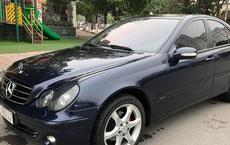 Bán Mercedes-Benz C180K Sport màu hiếm giá chưa đến 300 triệu, chủ xe hứng trọn 'gạch đá' đầu xuân