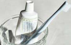 Chớ vội vứt đi chiếc bàn chải đánh răng đã cũ, để lại làm công cụ vệ sinh tuyệt vời chỉ với mẹo hữu ích này