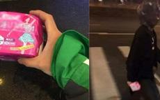 """Nhờ bạn trai đi mua băng vệ sinh, cô gái cẩn thận dặn """"dùng túi đen gói vào"""" và cái kết khiến ai nấy cười chảy nước mắt"""