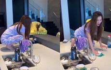 Chồng đại gia hé lộ hình ảnh rất khác của nữ tỷ phú người Việt Mimi Morris khi ở nhà tránh dịch, mọi sự chú ý bất ngờ đổ dồn vào chiếc bàn bếp của căn biệt thự 800 tỷ