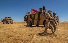 """Mải chinh chiến với Thổ Nhĩ Kỳ ở Idlib, quân đội Syria bị khủng bố """"đánh úp"""" từ sa mạc Homs: Đã khó nay còn khó thêm?"""
