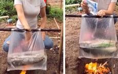 Cô gái nấu cá bằng... túi nilon cực điệu nghệ, dân mạng xem xong tròn mắt ngạc nhiên mà chẳng lý giải nổi tại sao