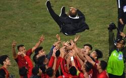 HLV Park Hang-seo & hợp đồng cùng bóng đá Việt Nam: Thôi thì mưa đến đâu, mát mặt đến đấy