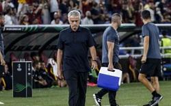 Roma đại thắng 5-1, Mourinho bực bội khó hiểu
