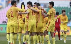 """Báo Trung Quốc chê đội nhà: Hạ Hong Kong với đội hình """"xấu hổ"""" mà ăn mừng như dự World Cup"""
