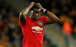 """Gạ Rashford nhường quả penalty, Pogba bị Gary Neville mắng thậm tệ, gọi là """"kẻ phản bội"""""""