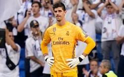 Courtois để thủng lưới hài hước, VAR cứu Real Madrid thoát khỏi trận thua nhục nhã trên sân nhà
