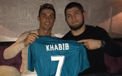 """""""Đại bàng"""" Khabib tiết lộ quan hệ đặc biệt với Ronaldo & nỗi sợ hãi lớn của CR7"""