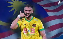 """ĐT Malaysia triệu tập """"người khổng lồ"""" từ Australia, sẵn sàng ngáng đường Việt Nam"""