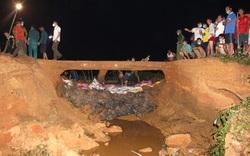 Nghệ An: Nửa đêm phát hiện thân đập vỡ, cả trăm người lập tức chạy đi vác đá, cát để vá