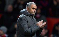 """Tiết lộ điều khoản """"hiểm"""" của Man United để ngăn Mourinho khỏi bàn tay PSG"""