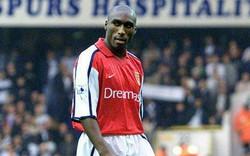 Sol Campbell: Từ kẻ phản bội của Tottenham tới công thần của Arsenal