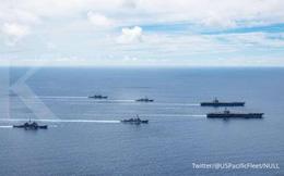"""Lính Mỹ tập trận với quân phục in hình chiến cơ """"đè"""" bản đồ Trung Quốc: Thông điệp mạnh về biển Đông"""