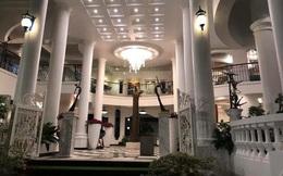 Bí ẩn chủ nhân biệt thự có đại sảnh rộng mênh mông ở Sài Gòn, rao bán với giá không tưởng