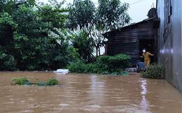 Quảng Nam nước lên, nhiều nơi bị ngập, hàng loạt thủy điện xả lũ điều tiết nước