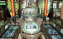 Kho báu hàng trăm món đồ cổ trị giá hàng chục tỷ đồng ở Đồng Tháp