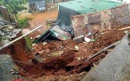 Căn nhà bất ngờ đổ sập, một hộ dân thoát nạn do đi ăn đám giỗ