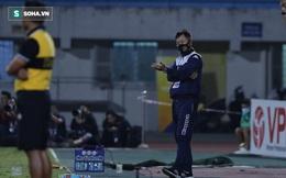 """Ông Chung Hae-seong bỏ không dự họp báo; HLV Hà Nội: """"TP.HCM không dám chơi đôi công"""""""