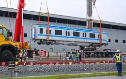 [Ảnh] 7 giờ lắp ráp tàu metro của hàng chục kĩ sư tại depot Long Bình