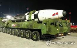 Triều Tiên phô diễn ICBM mới trong lễ duyệt binh, được dự đoán uy lực hơn Hwasong-15