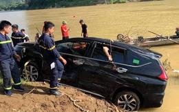 Xe 7 chỗ lao xuống sông khiến 3 người trên xe tử vong