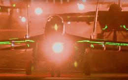 Ánh sáng bất thường phát ra từ các máy bay MiG-29 và Su-25 của Triều Tiên: Có gì khác lạ?