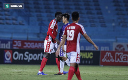 Chê Quang Hải ăn vạ, ngoại binh TP.HCM: Trọng tài bảo vệ cầu thủ Hà Nội FC quá mức!