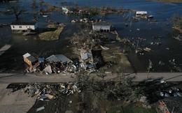 24h qua ảnh: Quang cảnh tan hoang sau khi siêu bão quét qua nước Mỹ