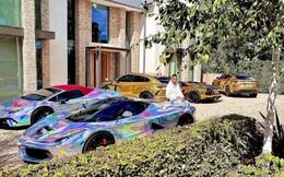 Aubameyang khoe siêu xe Ferrari mạ vàng trị giá 60 tỷ