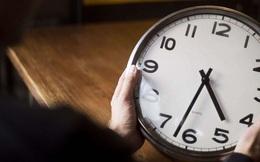 Tại sao đôi khi chúng ta thấy thời gian trôi qua thật nhanh, và ngược lại?