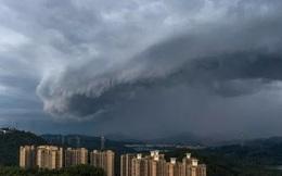 """Trung Quốc đối mặt thảm họa khi bão """"quái vật"""" đổ bộ"""