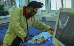 Vụ bé gái hơn 2 tháng tuổi tử vong sau khi tiêm vắc xin: 4 trẻ khác đang được theo dõi