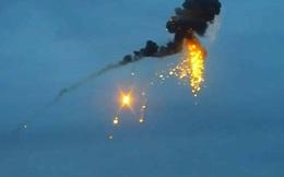 Hai máy bay Azerbaijan cháy như cầu lửa, rơi xuống đất sau khi trúng đạn