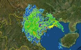 Bão số 7 suy yếu thành áp thấp nhiệt đới ngay khi vào đất liền