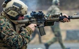Video: Thủy quân lục chiến Mỹ diễn tập đột kích, tấn công trong đêm tối