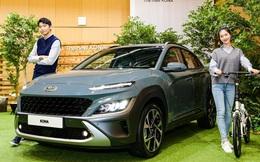Chi tiết Hyundai Kona 2021 ngoài đời thực: Bóng bẩy hơn, đối thủ thực sự của 'hiện tượng' Kia Seltos sẽ sớm về Việt Nam