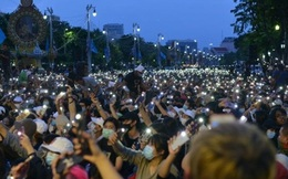 Thái Lan triệu tập quốc hội họp khẩn vì biểu tình lan rộng