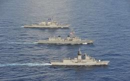 Đội hình chiến hạm Mỹ – Nhật – Australia đang tập trận ở Biển Đông