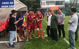 Vợ chồng Công Phượng cổ vũ cho đội Công an Nhân dân, Đinh Thanh Bình lập tức tỏa sáng