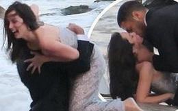 'Bond Girl' Ana De Armas 'khóa môi' tình tứ trai lạ trên biển