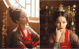 Nuôi giấc mơ hoàng cung, mỹ nữ nào cũng đối mặt với bài kiểm tra thân thể gắt gao