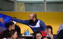 HLV Park Hang-seo ủng hộ 3000 USD, góp sức giúp người dân miền Trung vượt qua khó khăn